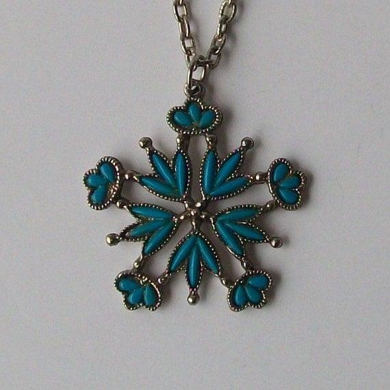1970s vintage necklace / 70s vintage necklace / turquoise / Let It Snow Necklace