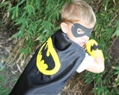 Batman Super Hero Costume 3 piece Set- Cape, wristbands and mask