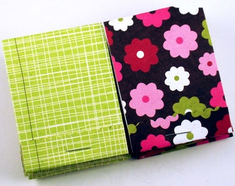 Matchbook Notepads in  Flower Power Set of 10