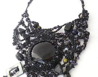 Black forest VII necklace, free form peyote stitch, beadwork, black onyx cabochon, statement, bohemian, Coachella, victorian inspired