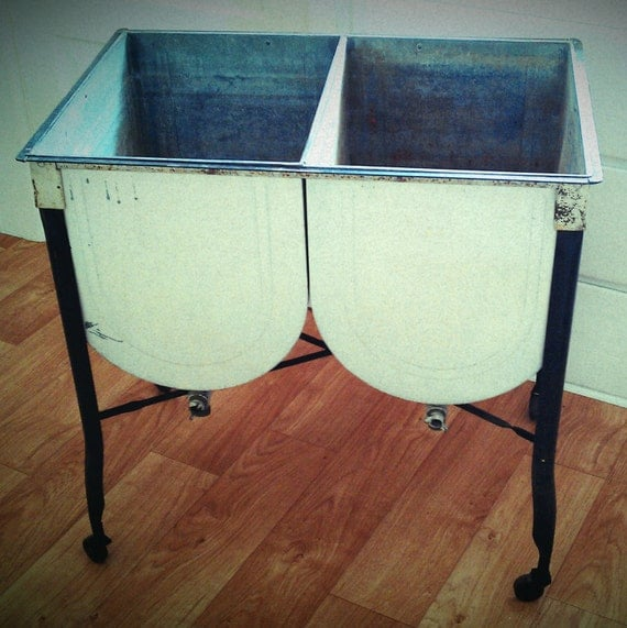 Double Wash Tub : Vintage Galvanized Rolling Double Wash Tubs