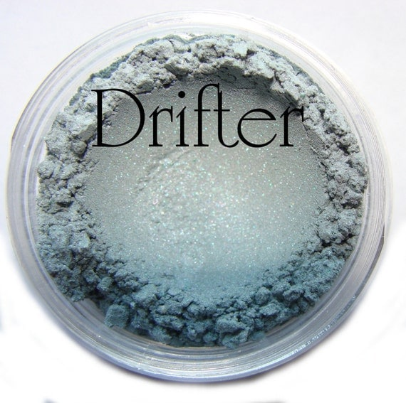 Drifter..  Color Changer... Vegan Mineral EyeShadow Moi Minerals