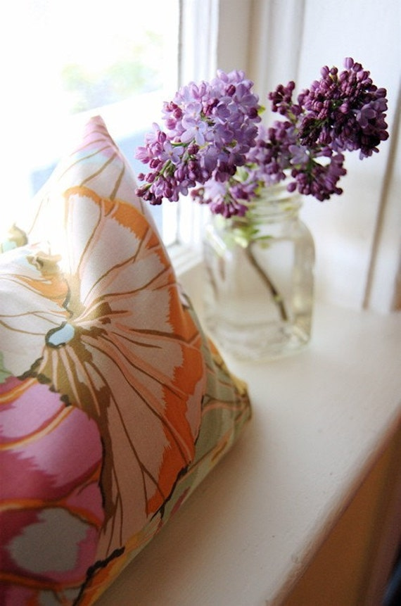 Buckwheat Hull PIllow: Jade Lotus Leaves