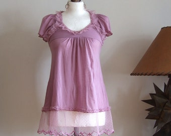 Tunic top with tulle lace & ruffles, baby doll tunic Tshirt, butterfly sleeves,s weet lilac, modern romanantic top blouse, summer fashion