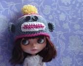 Ayalaythe - Sock monkey crochet hat  for Blythe doll