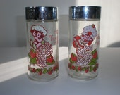 VINTAGE STRAWBERRY SHORTCAKE salt\/pepper shakers