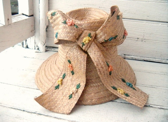 Vintage 1960s Womens Straw Hat with Big Bow and Flowers