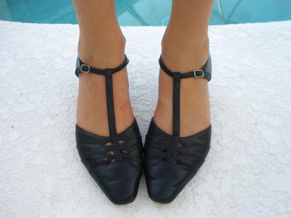 Navy Blue Leather T Strap Kitten Heels Sz 8 1/2 by VintageDarling