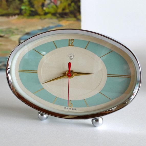 vintage mid century wind up ALARM CLOCK
