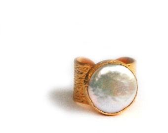 Big Pearl Ring