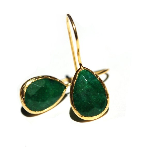 emerald green drop earrings by toosis on etsy