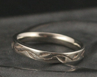Vine Ring-Thymes Ring-Women's Wedding Ring-Leaf Ring-Hand Carved Ring-Elven Ring-Comfort Fit Ring-Woodland Wedding Band-Solid Gold Band