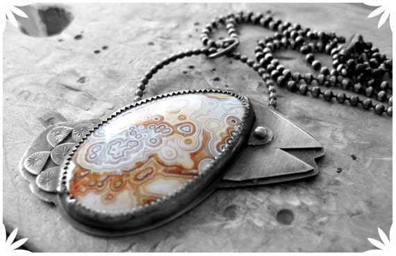 Chiquita Bird - sterling silver crazy lace agate cabochon necklace