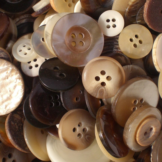 Coffee and Cream Coloured Buttons - boxed weight 40g