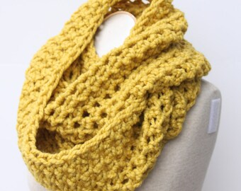 Chunky Scarf, Circle Scarf, Infinity Scarf, Crochet Scarf, Chunky Mustard Scarf, Yellow Knit Scarf, Chunky Snood, Citron Scarf