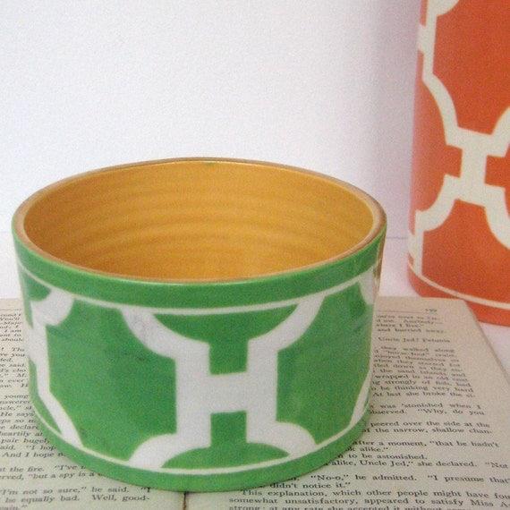 Ice Cream Bowl in Hampton Links Kelly Green colorway