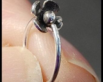 Silver Cartilage Hoop / Cartilage Hoop Earring / Helix Hoop / Tragus Hoop / Cartilage Piercing / Multiple Piercing / Helix Earring