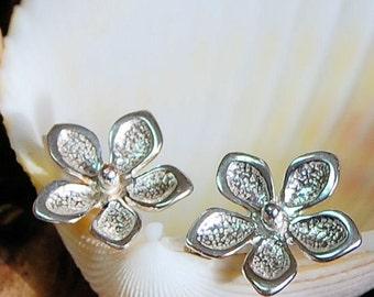 Flower Studs / Sterling Silver Post Earrings / Silver Studs / Pointsetta Earrings