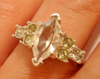 art deco style vintage pale green and crystal clear gem cocktail ring