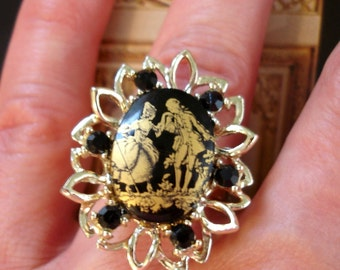 vintage romantic Edwardian man and woman transfer print cameo ring