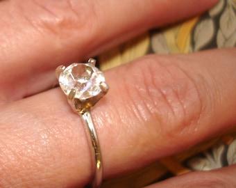 vintage Uncas faux diamond solitaire ring size 8