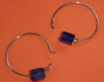 SALE adorably simple vintage silver hoops with blue and clear glass beads