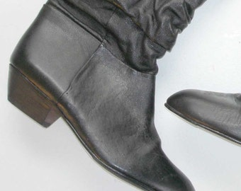 SALE 1/2 OFF pristine vintage ruched leather new wave pixie pirate boot 5.5