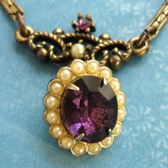 SALE vintage decadent amethyst and pearls golden necklace