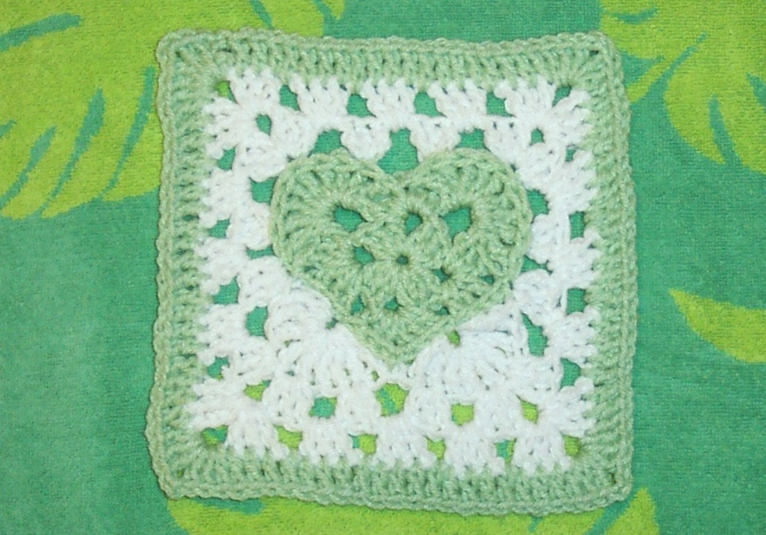 Foxs 7 x 7 heart of a granny square pattern from smoothfox on foxs 7 x 7 heart of a granny square pattern bankloansurffo Images