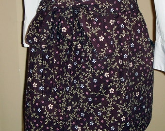 SALE!  Farmgirl Fashionista Apron in Brown with Flowers