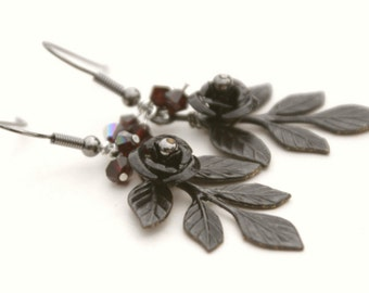 ON SALE Dramatic Black Leaf Earrings
