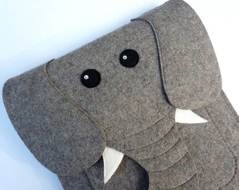 Elephant MacBook Air 13 inch case - Laptop felt bag