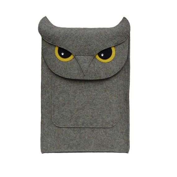 MacBook Pro 15 inch case - Owl laptop case