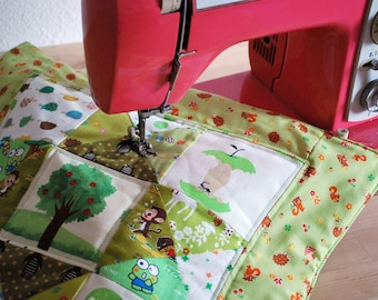 Mini Patchwork quilt, wall decor, nursery hanging - The cute green one