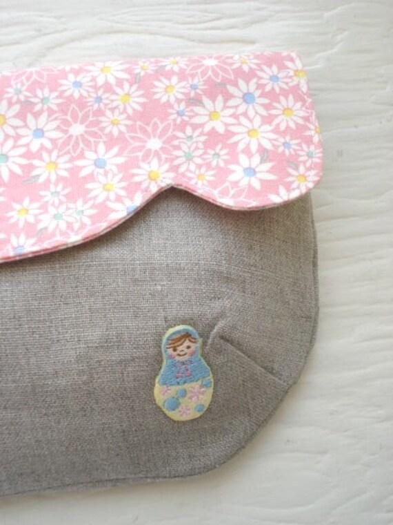 Little matryoshka clutch no.2