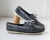 Vintage 1980s men's boat shoes by Dexter. Size 13 / preppy nautical navy/  the NANTUCKET SUPPER mocs