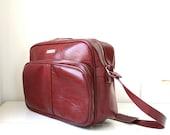 SALE vintage shoulder bag. Vegan 1980s vinyl shoulder bag in oxblood burgundy. Bookbag / travel / the COMMUTER BREAKFAST bag
