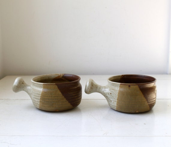 vintage handmade soup bowls. 2 rustic stoneware crocks with handles / the 1980s CHEESE SOUP  bowls