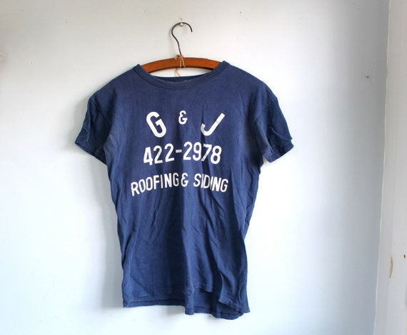 vintage 1970s tee shirt. Men size Sm, Women Med / Navy blue team shirt with white letters / the CRACKERJACK tshirt