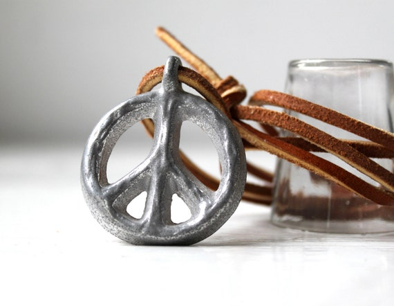 Benefits Hurricane Relief / vintage peace sign necklace. 1960s silver pewter / New old stock / the HIPPIE CAFE pendant