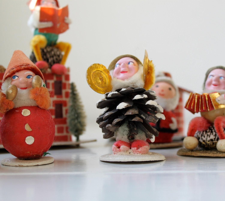 vintage christmas decorations 1950s japan paper mache. Black Bedroom Furniture Sets. Home Design Ideas