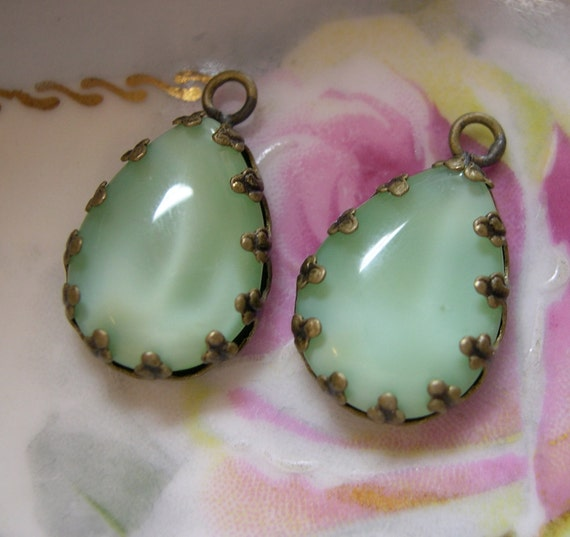 Mint Green, Moonstone, Vintage Glass, Pears, 18x13mm, In antiqued brass, (2)