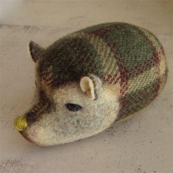 Wee Hedgehog - Loden Plaid