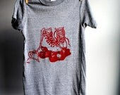Roller Skates T-Shirt, Man or Woman - Eco-Heather Grey with Red Print - Extra, Extra Small  SALE