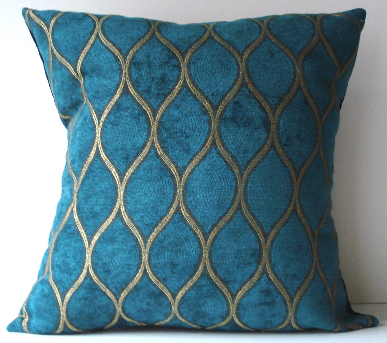 New 18x18 Inch Designer Handmade Pillow Case Peacock Blue And