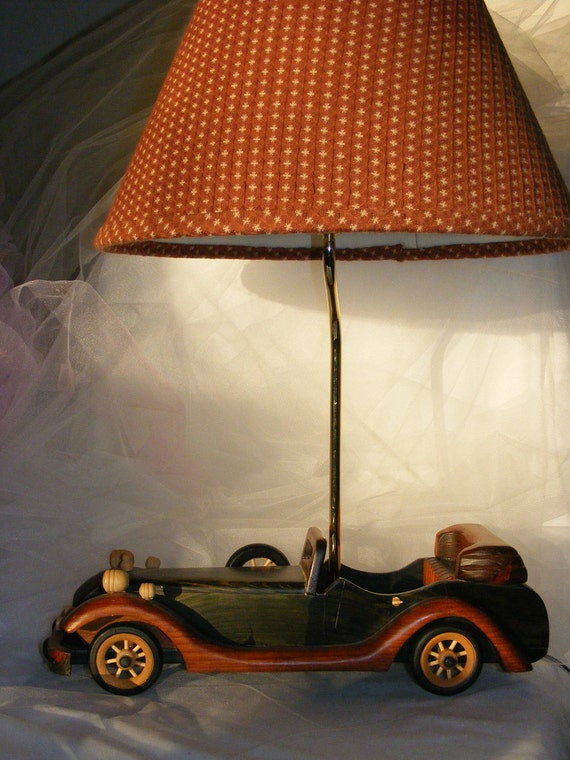 Wooden Race Car Table Lamp With Lampshade