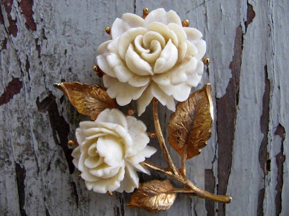 Vintage BLOOMING Brooch / 1960s Brooch / Rose Pin / Mid Century Jewelry
