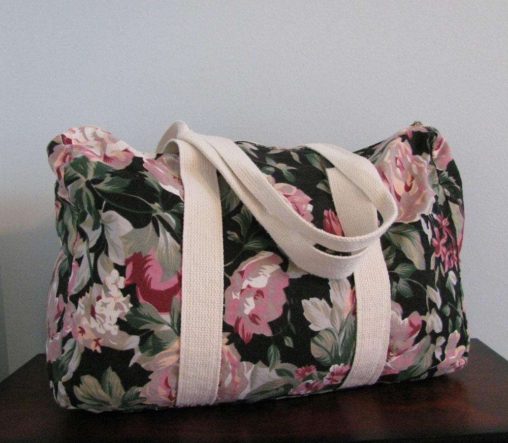 Vintage 90s FLORAL Duffle Bag
