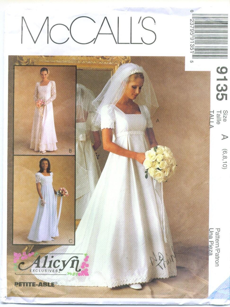Mccall 39 s 9135 alicyn wedding dress sewing pattern size 6 8 for Wedding dress sewing patterns free