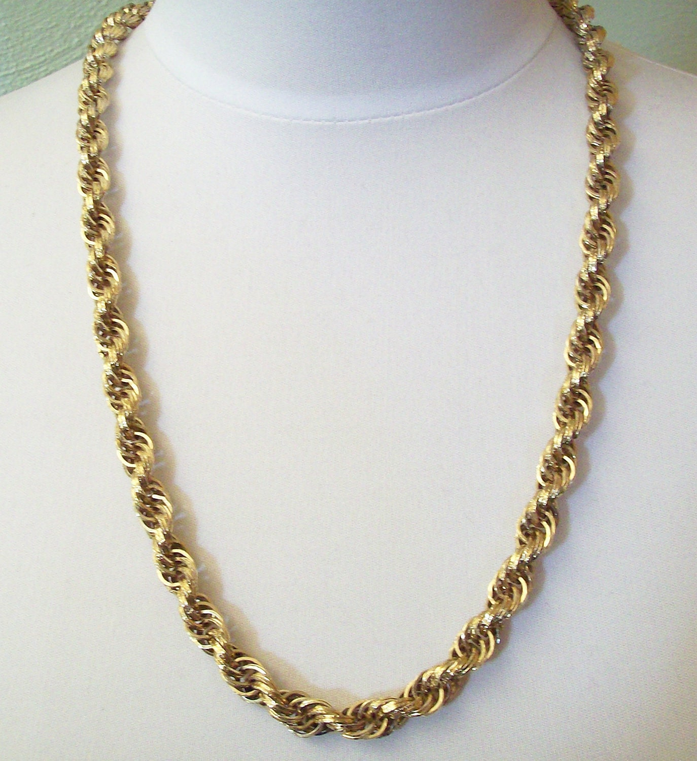 monet golden twisted rope chain necklace
